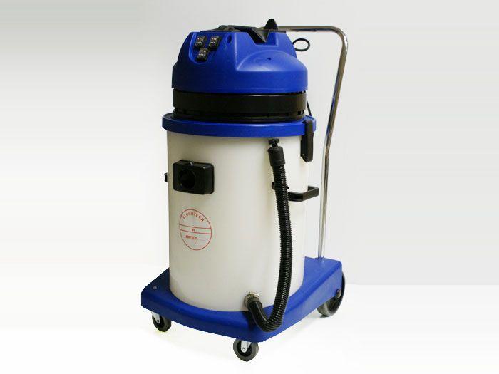 Aspirateur industriel eau-poussière