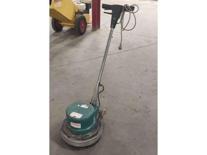 machine monobrosse d'occasion à vendre chez Locamat