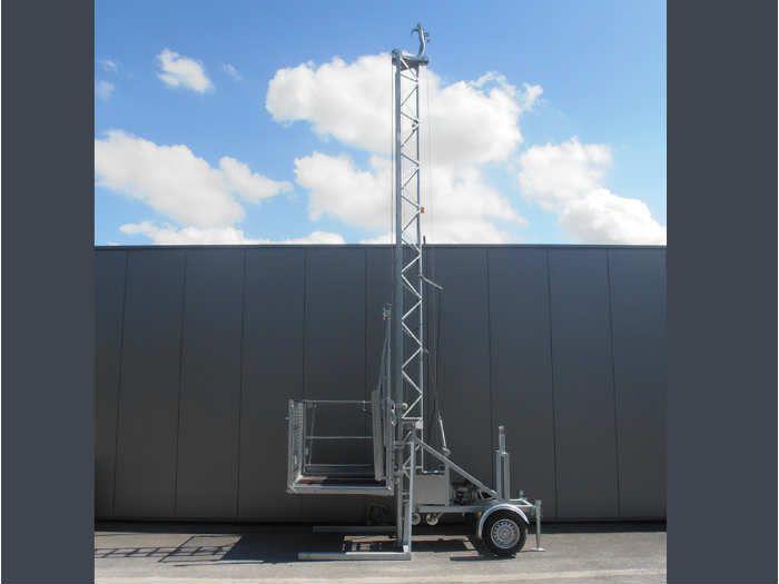 Monte-charge 300Kg à plateau, hauteur 6m