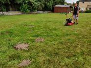 1. meilleur moyen pour se débarrasser des taupes au jardin: louer une taupière chez Locamat